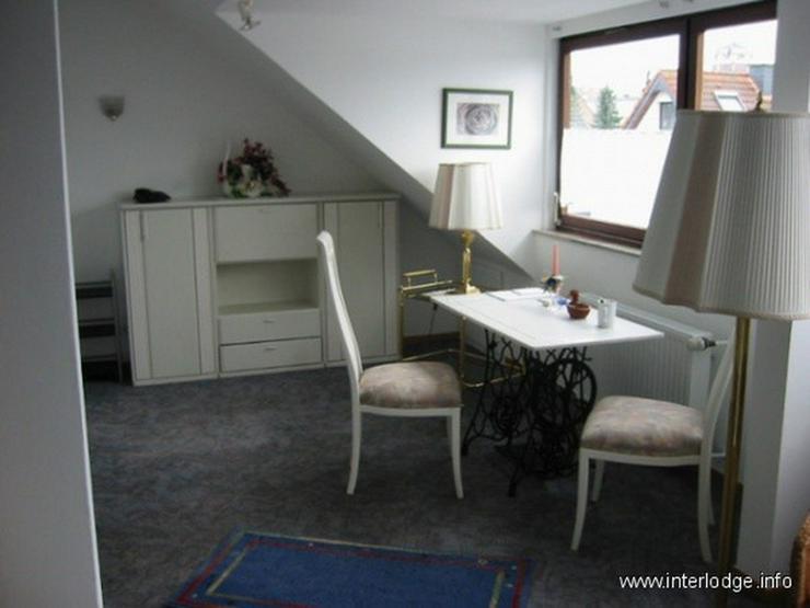 INTERLODGE Möbliertes Dachgeschossapartment mit geschmackvoller Ausstattung in Düsseldor... - Wohnen auf Zeit - Bild 1