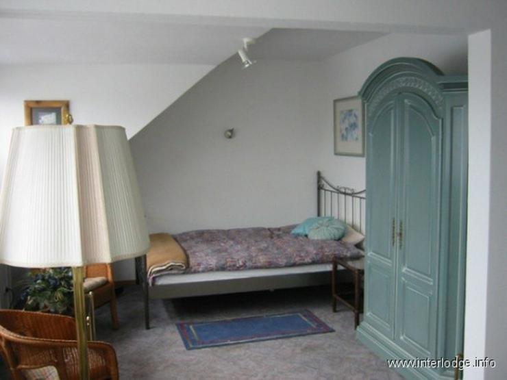 Bild 2: INTERLODGE Möbliertes Dachgeschossapartment mit geschmackvoller Ausstattung in Düsseldor...