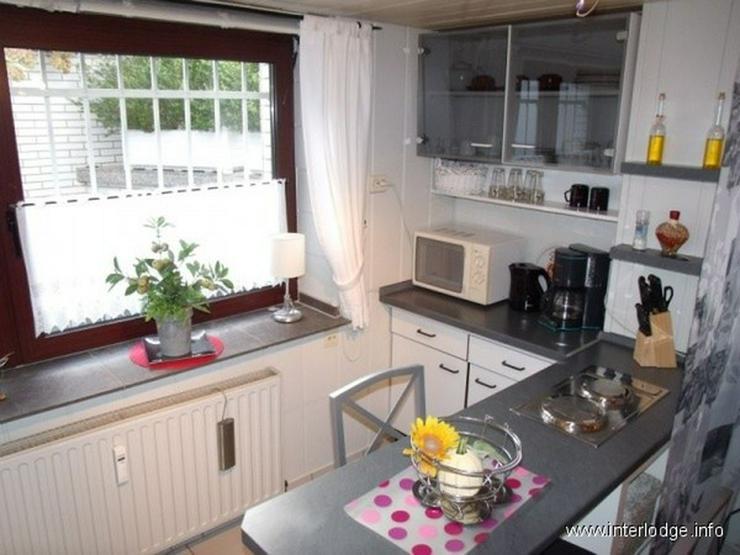 Bild 6: INTERLODGE Modern möbliertes helles Souterrain-Apartment in Essen-Schönebeck.