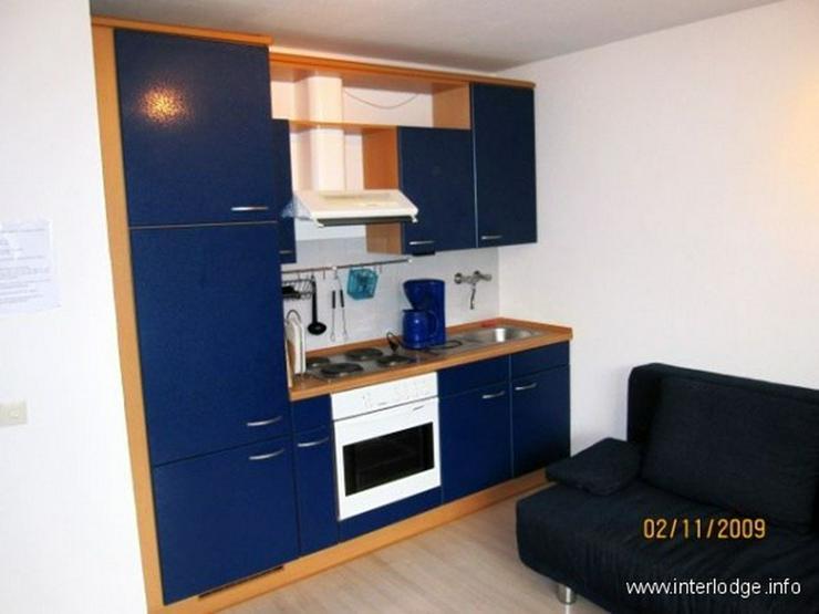 Bild 3: INTERLODGE Modern möbliertes Apartment mit Balkon und Personenaufzug, in Düsseldorf-Dere...