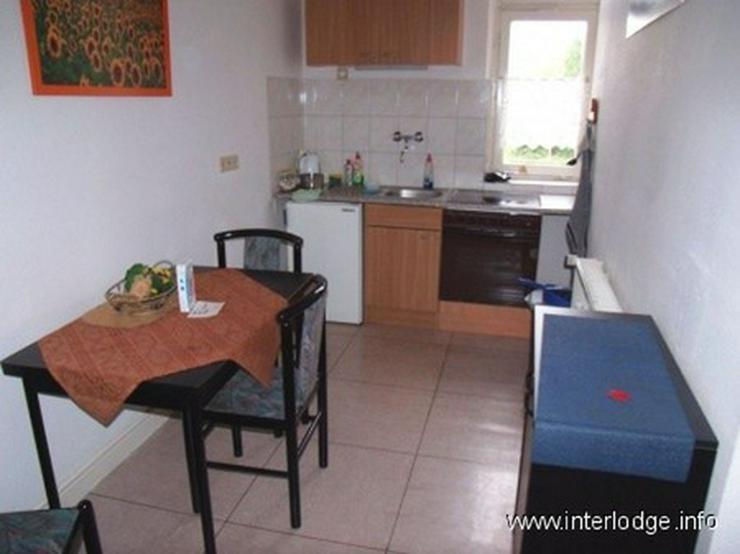 Bild 3: INTERLODGE Komplett möblierte Wohnung mit Balkon für bis 4 Personen (zB. Monteure) in Bo...