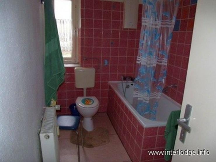 Bild 4: INTERLODGE Komplett möblierte Wohnung mit Balkon für bis 4 Personen (zB. Monteure) in Bo...