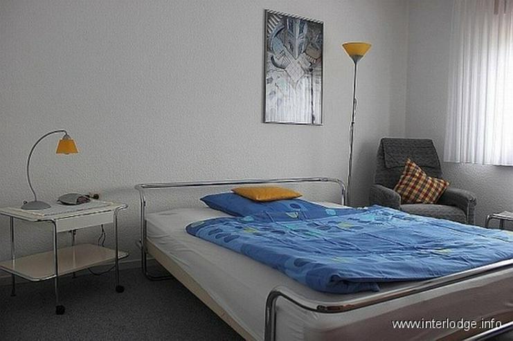 Bild 2: INTERLODGE Helle möblierte Wohnung mit Terrasse und Stellplatz in Schloßparknähe in Ess...