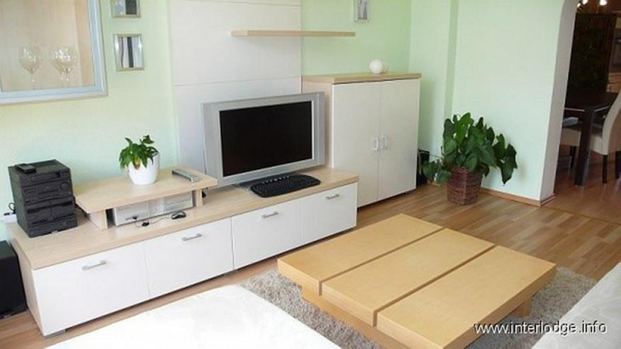 Bild 4: INTERLODGE Modern möblierte Wohnung in saniertem Altbau. Ruhige Grünlage am Park in Esse...
