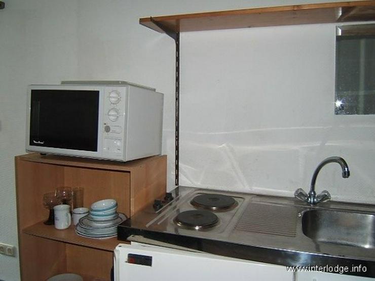 Bild 6: INTERLODGE Möbliertes Zimmer mit Kochmöglichkeit in einer WG im Reihenhaus in Köln-Lind...
