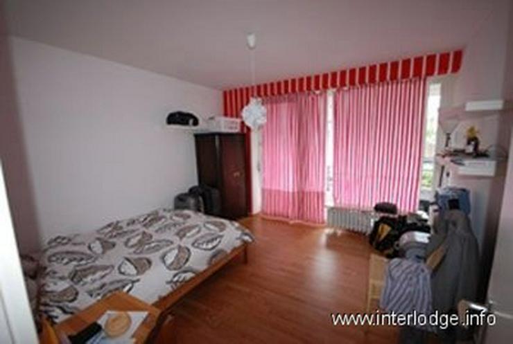 Bild 1: INTERLODE Moderne möblierte Komfortwohnung mit Balkon und 2 Schlafzimmern in Köln-Marien...