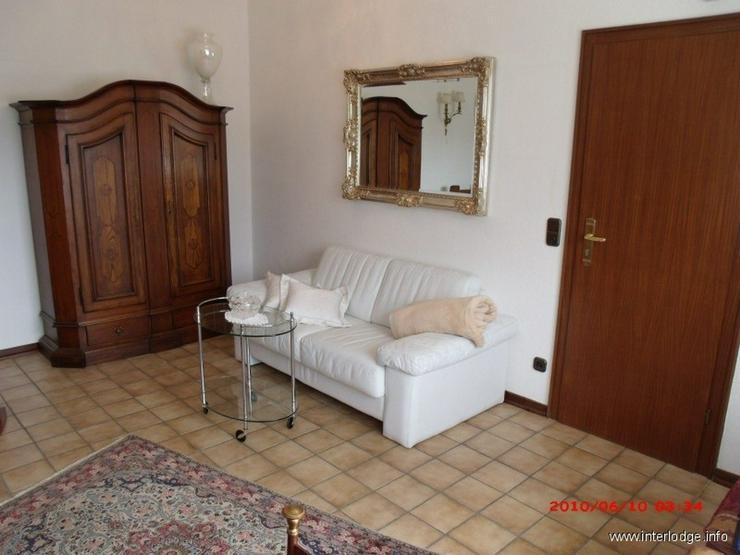 Bild 2: INTERLODGE Komplett möblierte elegante kleine Maisonette-Wohnung in Essen-Steele