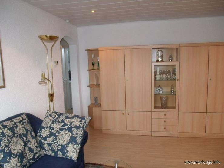 Bild 6: INTERLODGE Modern möblierte Wohnung mit großer Küche für 1-2 Personen in Essen-Frintro...