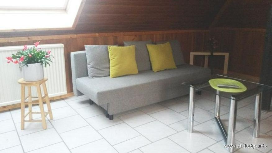 Bild 5: INTERLODGE Schöne, helle und modern möblierte Dachgeschoßwohnung im 2. OG in Witten-Sto...