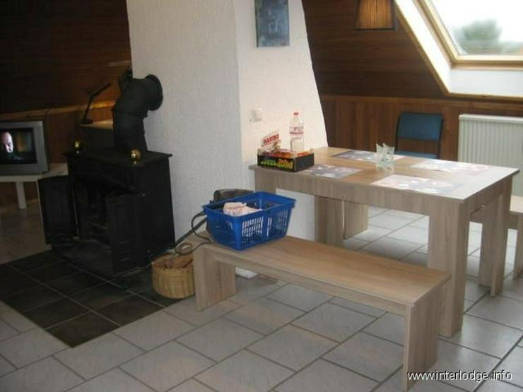 Bild 3: INTERLODGE Schöne, helle und modern möblierte Dachgeschoßwohnung im 2. OG in Witten-Sto...