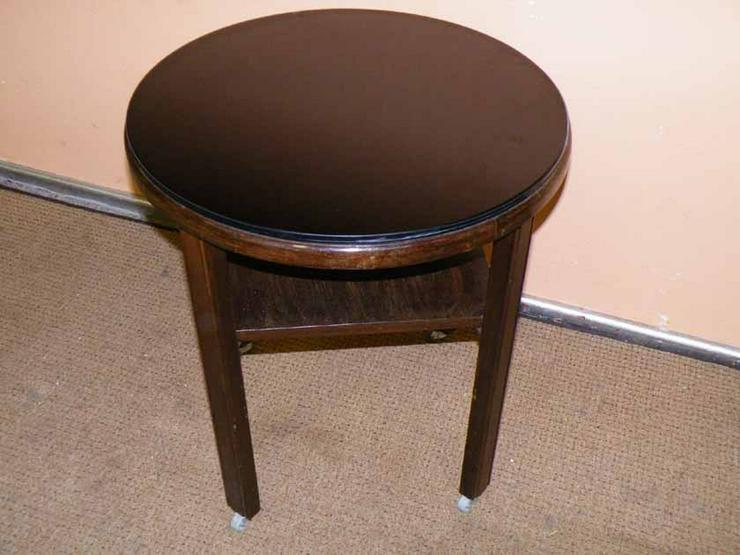 Bild 3: Antiker runder Tisch / Beistelltisch in massiv