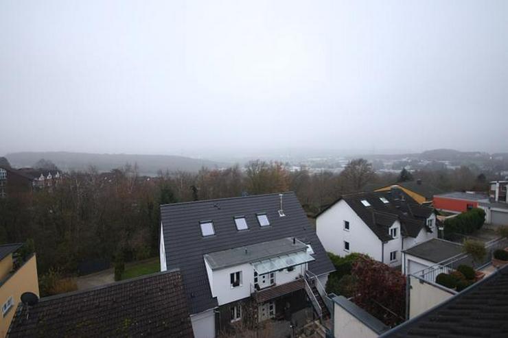 Bild 6: Hochwertige Dachgeschosswohnung mit Weitblick