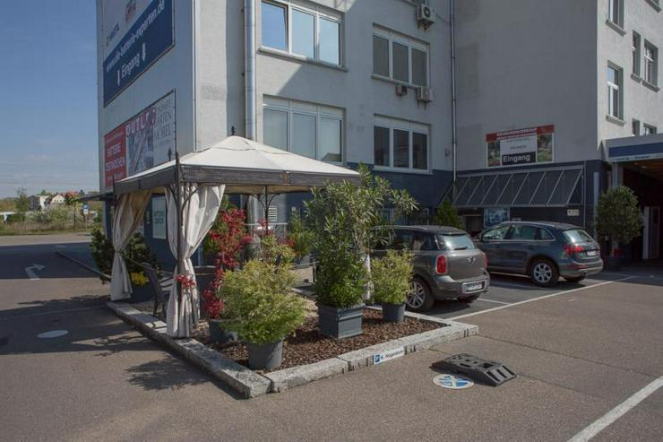 Bild 3: Flexibel nutzbare Flächen mit Top-Infrastruktur - nahe S-Bahn und Breuningerland - ideal ...