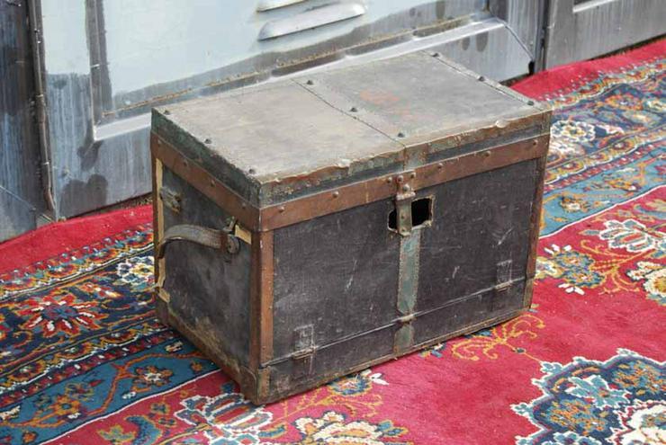 bilder zu alte munitionskiste zum aufarbeiten milit rk in zeuthen brandenburg auf. Black Bedroom Furniture Sets. Home Design Ideas