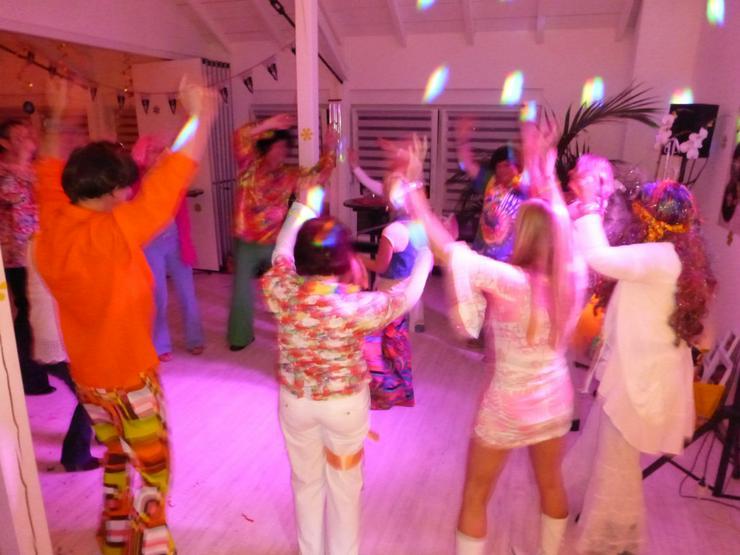 Profi-DJ für Ihr Event - Musik, Foto & Kunst - Bild 1