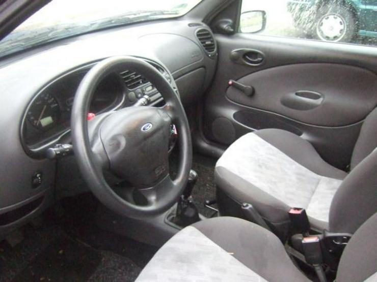 Bild 5: FORD Fiesta 1.3L Unfallfahrzeug HU11/16