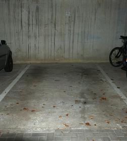 Tiefgaragenstellplatz vermieten - Garage & Stellplatz mieten - Bild 1