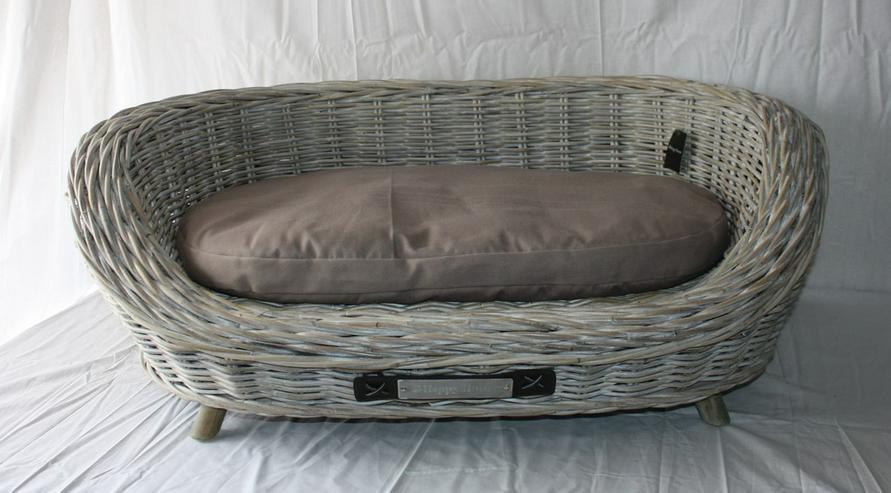 luxus hundesofa aus rattan 97 x 62 x 36 cm ant in pottenstein waidach bayern auf. Black Bedroom Furniture Sets. Home Design Ideas