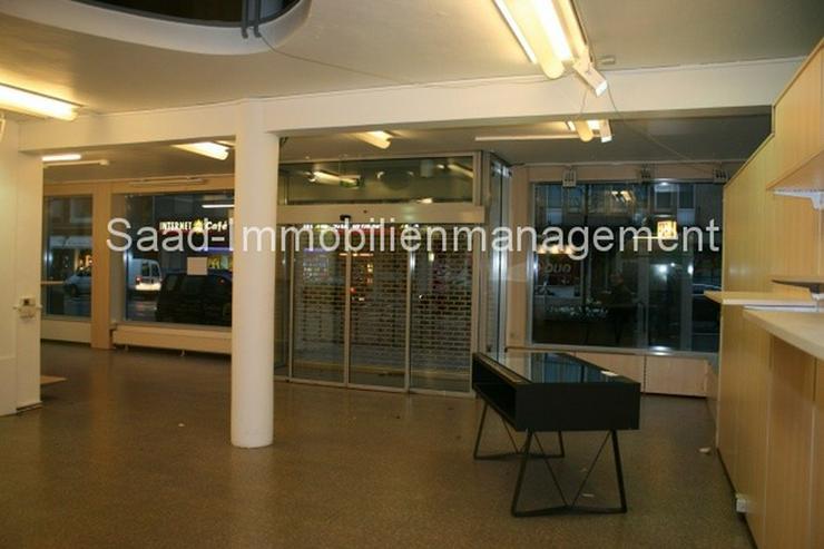 Bild 2: ***Modernisierte Gewerbeeinheit auf 3 Ebenen, ca. 900qm, mit großen Schaufensterfronten, ...