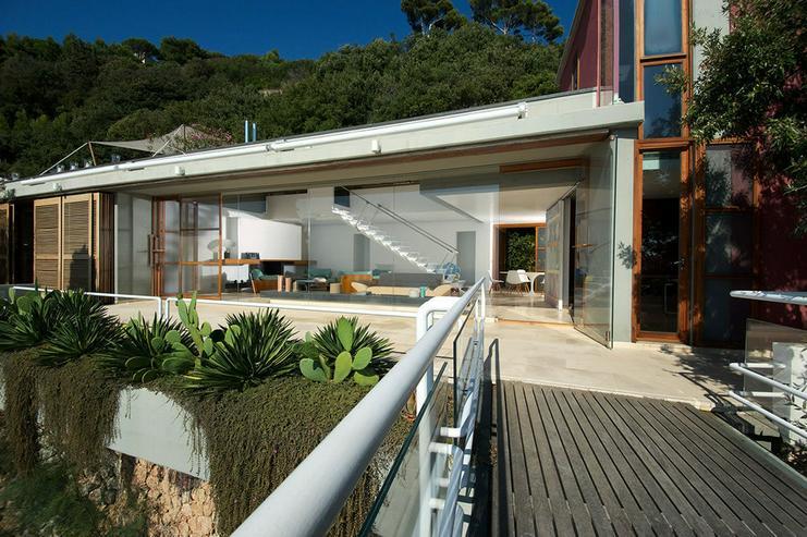 Bild 2: Luxuriöse Villa mit Meerblick