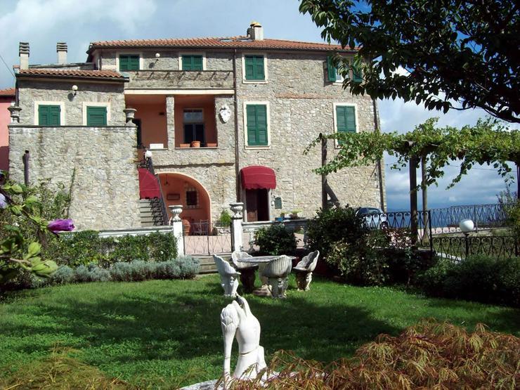Bild 2: Tolles Natursteinhaus in Italien