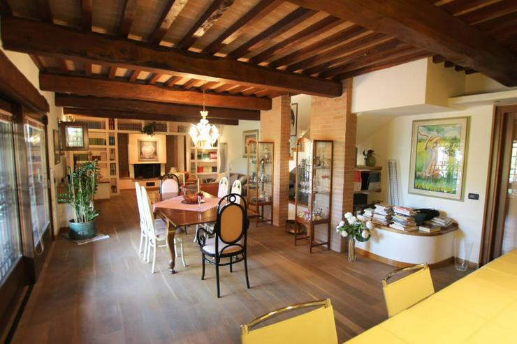 Bild 5: Traditionelle Villa in Italien