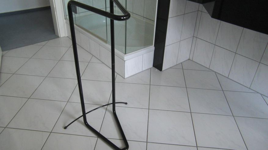 Bild 2: Bad Handtuchhalter Stangen schwarz, Standmodell