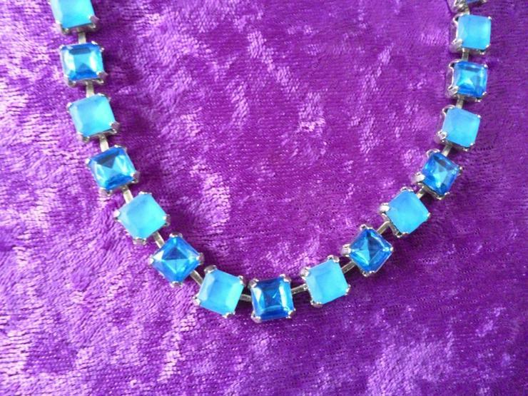Halskette, große blaue Strasssteine, nickelfrei