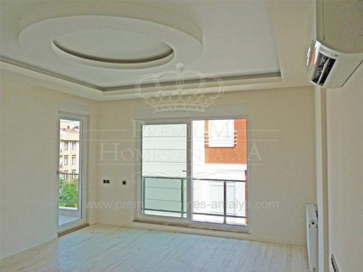 Bild 4: Designer Maisonette-Penthouse mit stilvollen Details in Meernähe