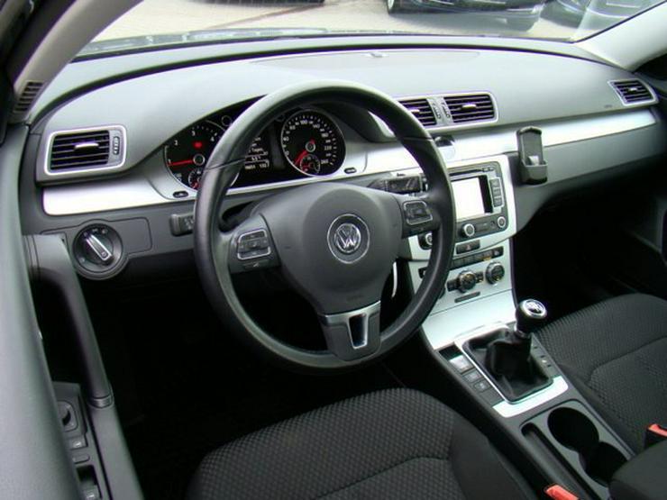 Bild 5: VW Passat Variant 2.0TDI BMT PDC vo+hi Navi MFL SH