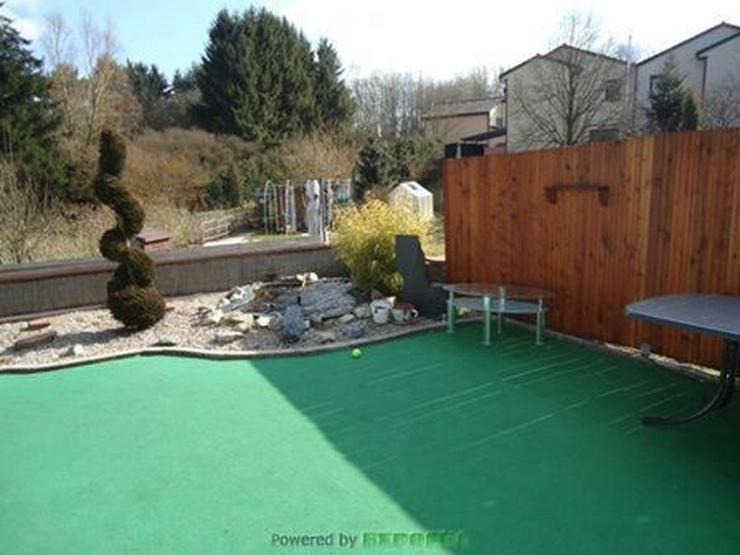 Bild 6: Chickes Einfamilienhaus (Reiheneckhaus) mit Garage und Wintergarten