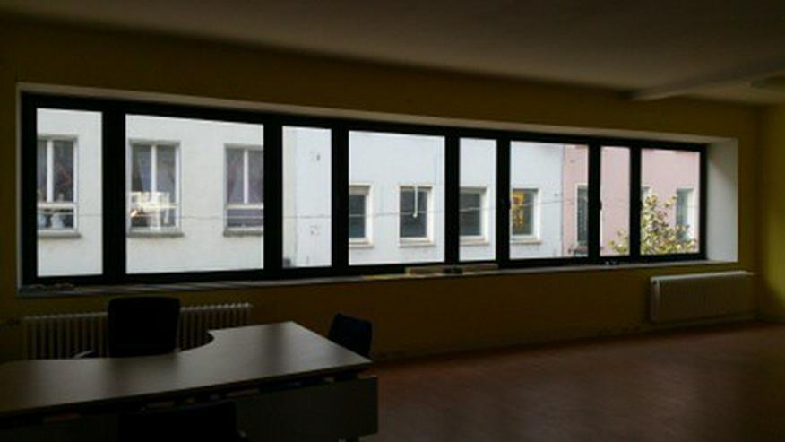 Helle Büroetage im belebten Zentrum Saarbrückens (Fußgängerzone) - Gewerbeimmobilie mieten - Bild 1