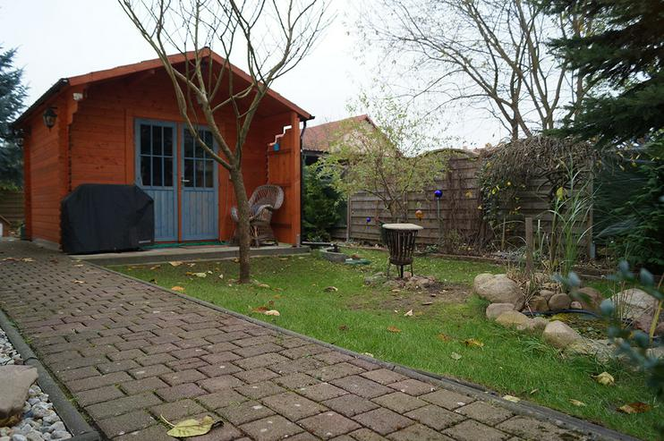 Bild 4: 2003 in ländlicher Lage erbautes Niedrigenergiehaus mit viel Platz innen und draussen