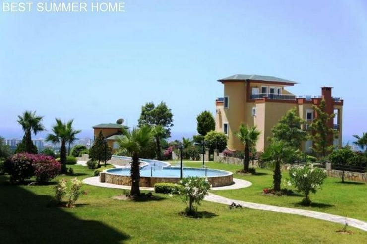 Bild 6: 3 stöckige Villa mit Privatpool und großem Garten