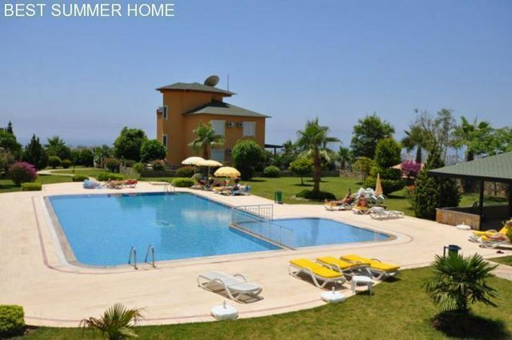 Bild 4: 3 stöckige Villa mit Privatpool und großem Garten