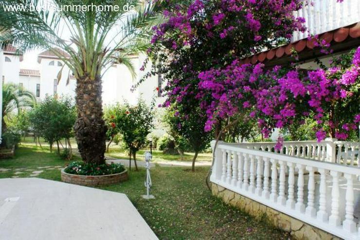 Bild 2: Schöne Doppelhaushälfte in grüner Wohnanlage in Alanya / Avsallar