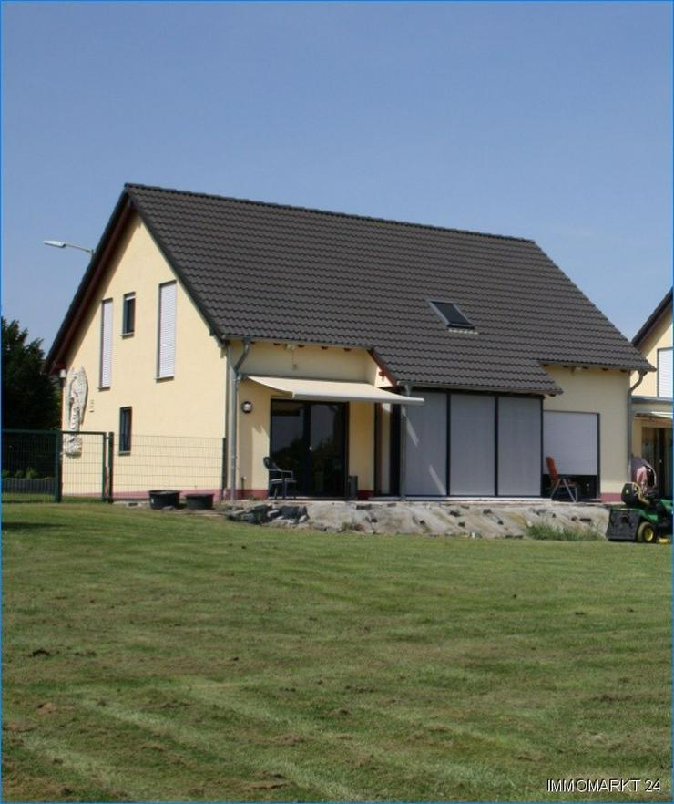 Bild 2: ***Neuwertiges Haus auch als Kapitalanlage***
