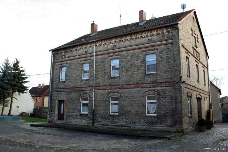 Bild 2: Zwei-Familien-Haus mit großem Nebengelaß bei Querfurt
