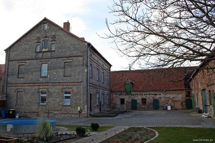 Zwei-Familien-Haus mit großem Nebengelaß bei Querfurt - Haus kaufen - Bild 1