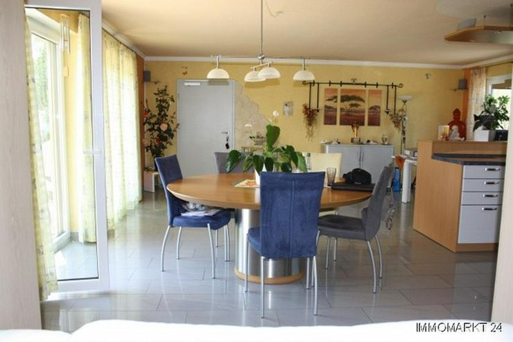 Neuwertiges Wohnhaus im Grünen in Windeck auf