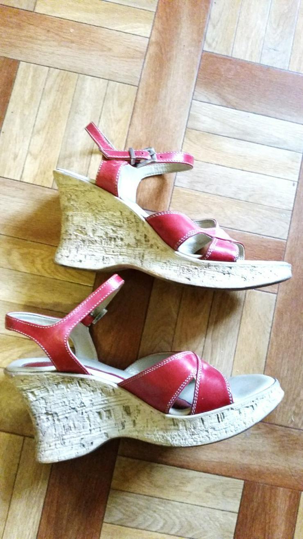 Bild 2: Rote hohe Mädchen Sandalen in Größe 36