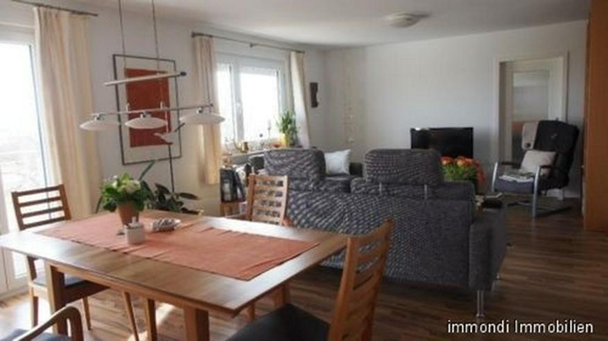 **Wunderschöne 5,5 Zimmer OG-Dachgeschoss Herrenberg Kernstadt** - Wohnung mieten - Bild 1