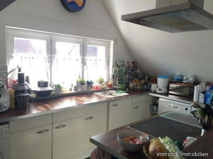 Bild 3: **Schöne&Helle 2,5 Zimmer DG Maisonette Wohnung in Stuttgart-Möhringen**