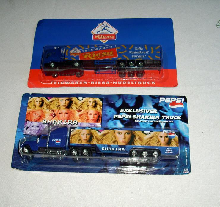 Pepsi-Shakira Truck + Teigwaren-Ries Truck