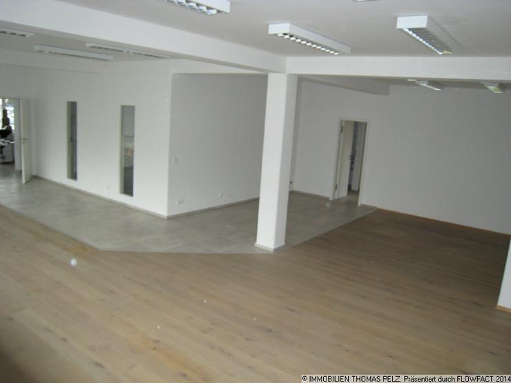Bild 6: Büro - Laden - Ausstellung mit Glasfront