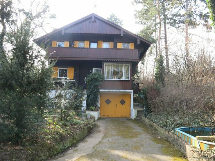 Bild 1: Liebhaber-Grundstück mit einzigartiger Villa