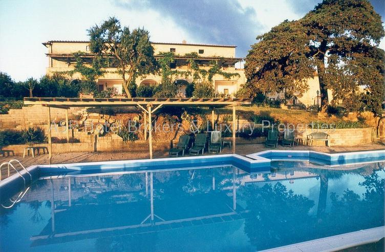 Bild 3: Romantisches imposantes Herrenhaus Hügel Anwesen bei Volterra mit Suiten und Zimmern zu k...
