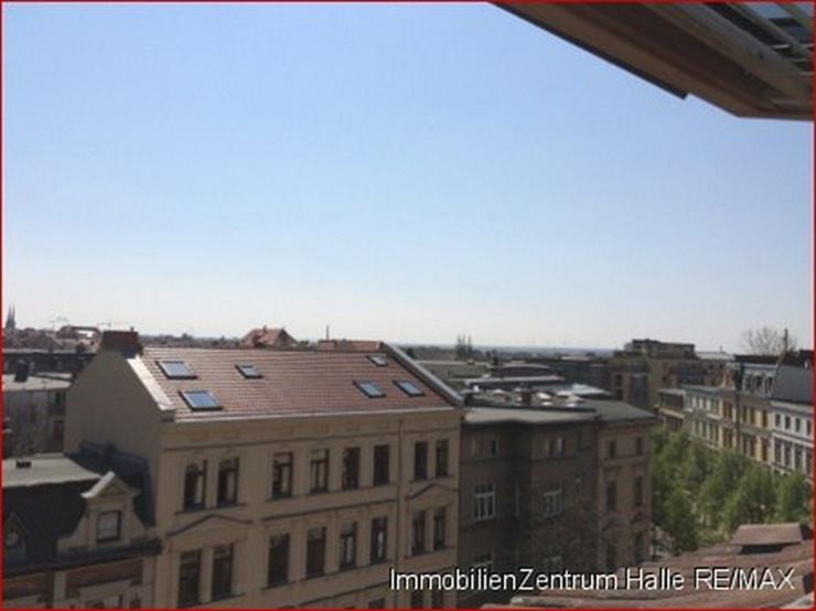 2-Zimmer mit Blick über Halle