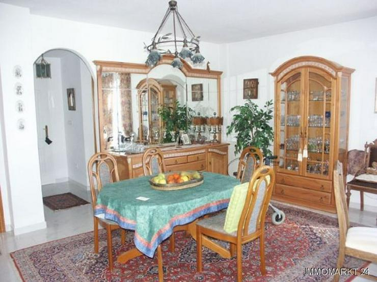 Bild 2: Komfortable Villa mit Pool und Panoramablick