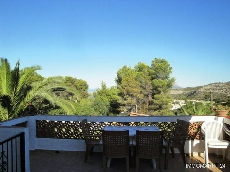 Bild 2: Villa mit Pool in ruhiger Lage